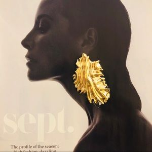 Gold Statement Mismatched Curved Leaf Earrings